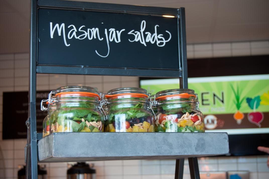 Mason jar salads_2